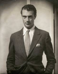 Gary Cooper, 1930 Gelatin silver print Courtesy Matthieu Humery Collection/Philippe Machecourt © 1930 Condé Nast Publications