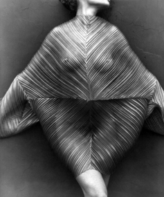 herb-ritts-wrapped-torso-los-angeles-1989