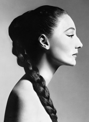 Jacqueline de Ribes, 1955 ©Richard Avedon Foundation