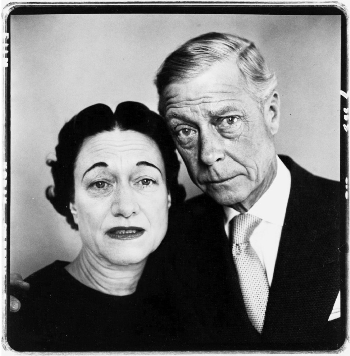 The Duke and Duchess of Windsor, Waldorf Astoria, Suite 28A, New York, April 16, 1957 ©Richard Avedon Foundation